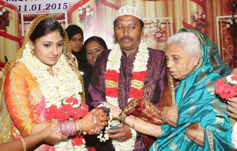 Tamil Actress Monica Wedding Photos, Tamil Heroine Monika