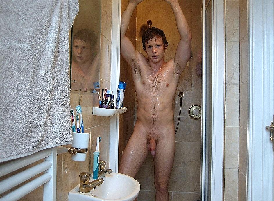 Голый мужчина в душе видео, ретро эротические фото и рисунки