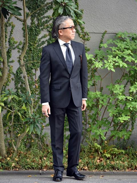 40代の標準的なスーツスタイル