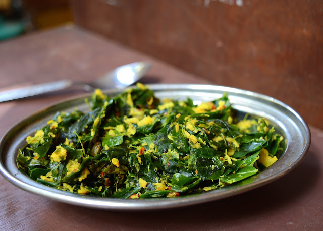 Murungai Keerai/ Moringa /Drunstick Leaves Thoran | Healthy Side Dish for Rice