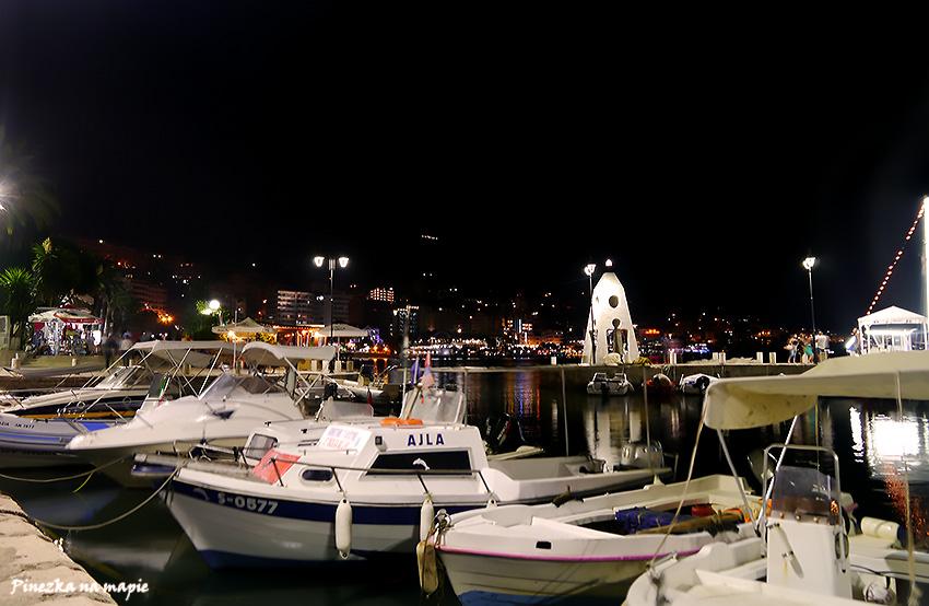 Port w Sarandzie, Albania.
