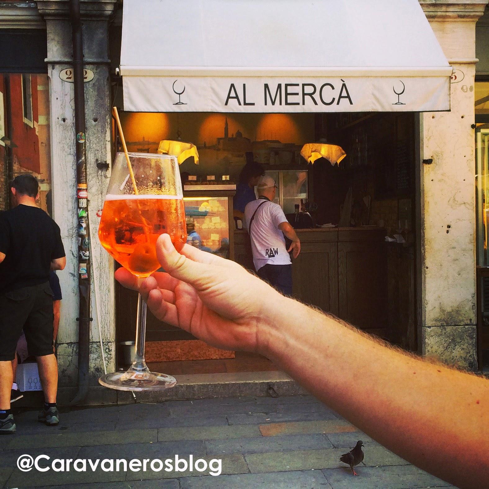 Foto de Spritz Venecia. El Mercá | caravaneros.com