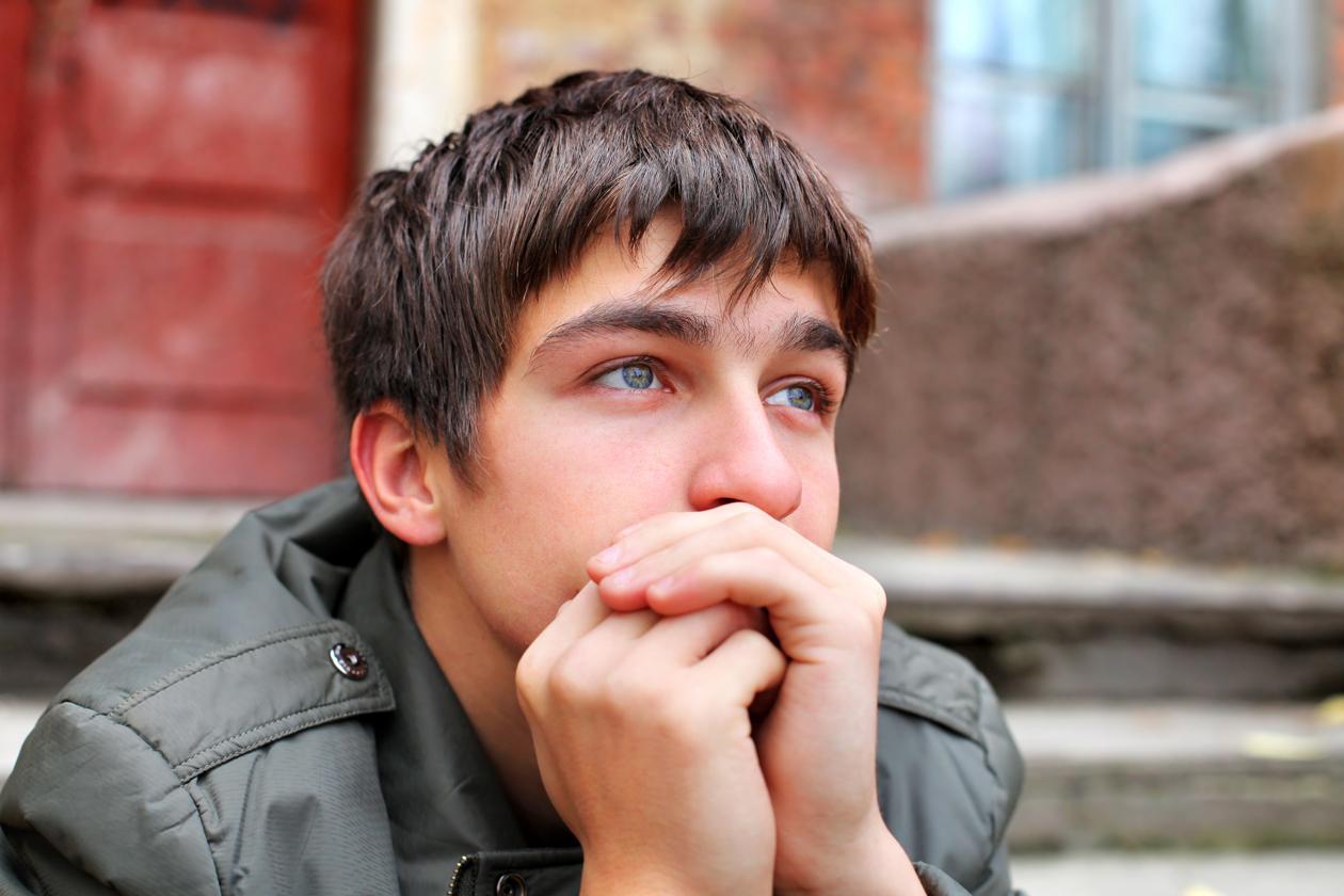 gambar Gambar Orang Sedih Lengkap
