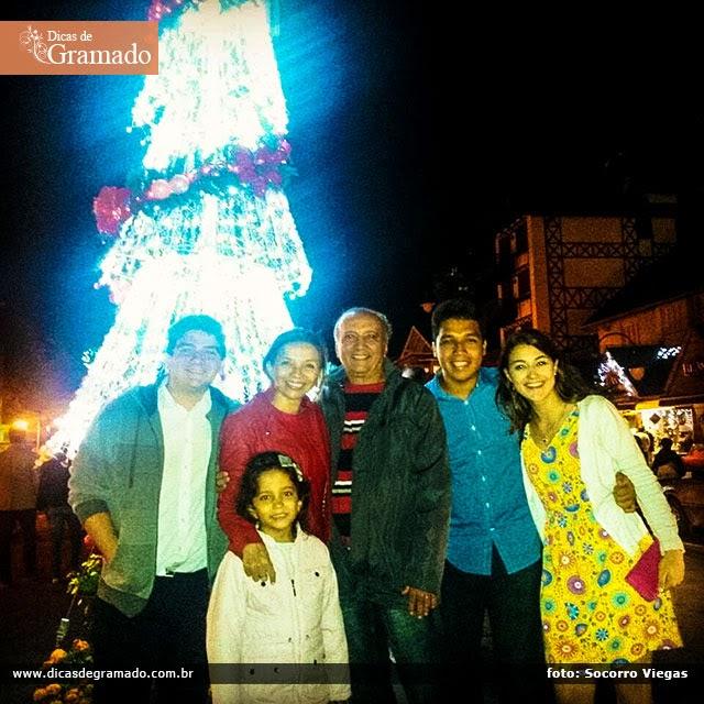 Socorro e a família curtindo o Natal Luz em Gramado