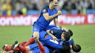 Laga Perdana Euro 2016, Tuan Rumah Perancis Petik Tiga Angka