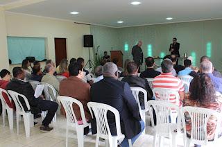 http://vnoticia.com.br/noticia/3411-assembleia-paroquial-discute-fraternidade-politicas-publicas-e-juventude-neste-sabado-em-sfi