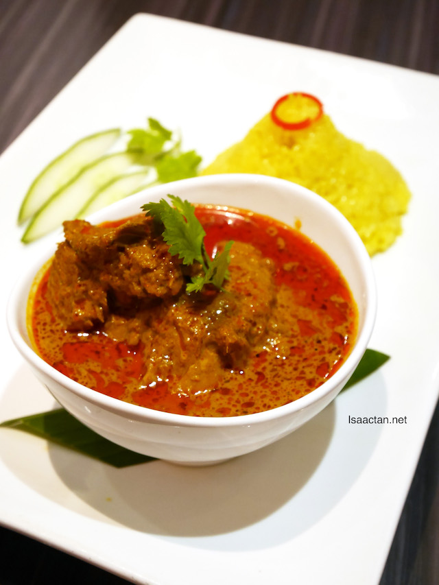 Nasi Kunyit with Curry Chicken - RM15.90