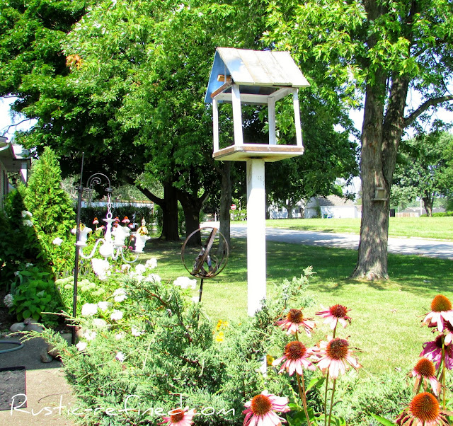 Do It Yourself Rusty Metal Bird Feeder