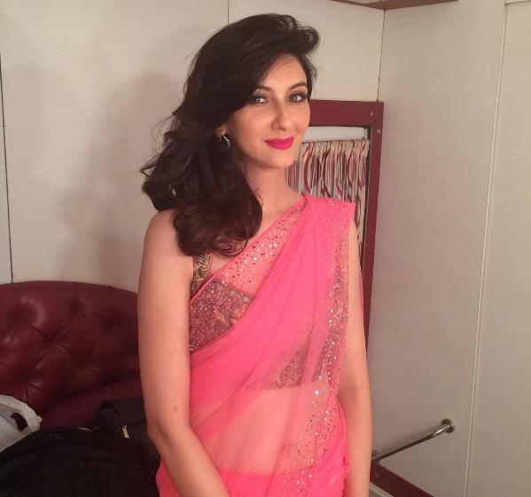 tamil actress hot images in saree