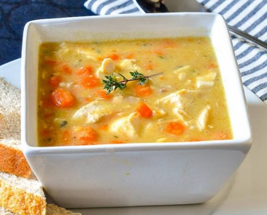 CHICKEN LENTIL SOUP – WITH CARROTS, CELERY AND THYME