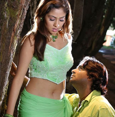 Tamil actress Navel kiss