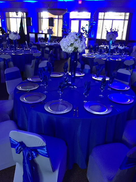 blue uplights, royal blue wedding, silver wedding by eventsojudith