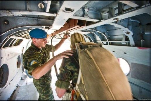 Подготовка к прыжку с парашюта