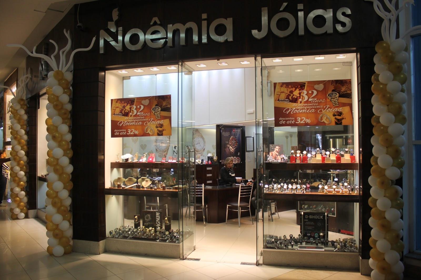 e80bca5c17a Aquele que participar do concurso cultural enviando o momento inesquecível  no site www.momentosinesqueciveis.noemiajoias.com.br concorrerá a um anel  com ...