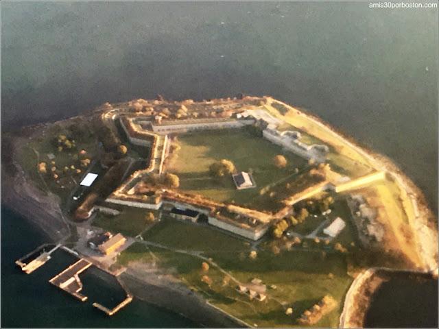 Foto desde el Aire de Georges Island: Fort Warren