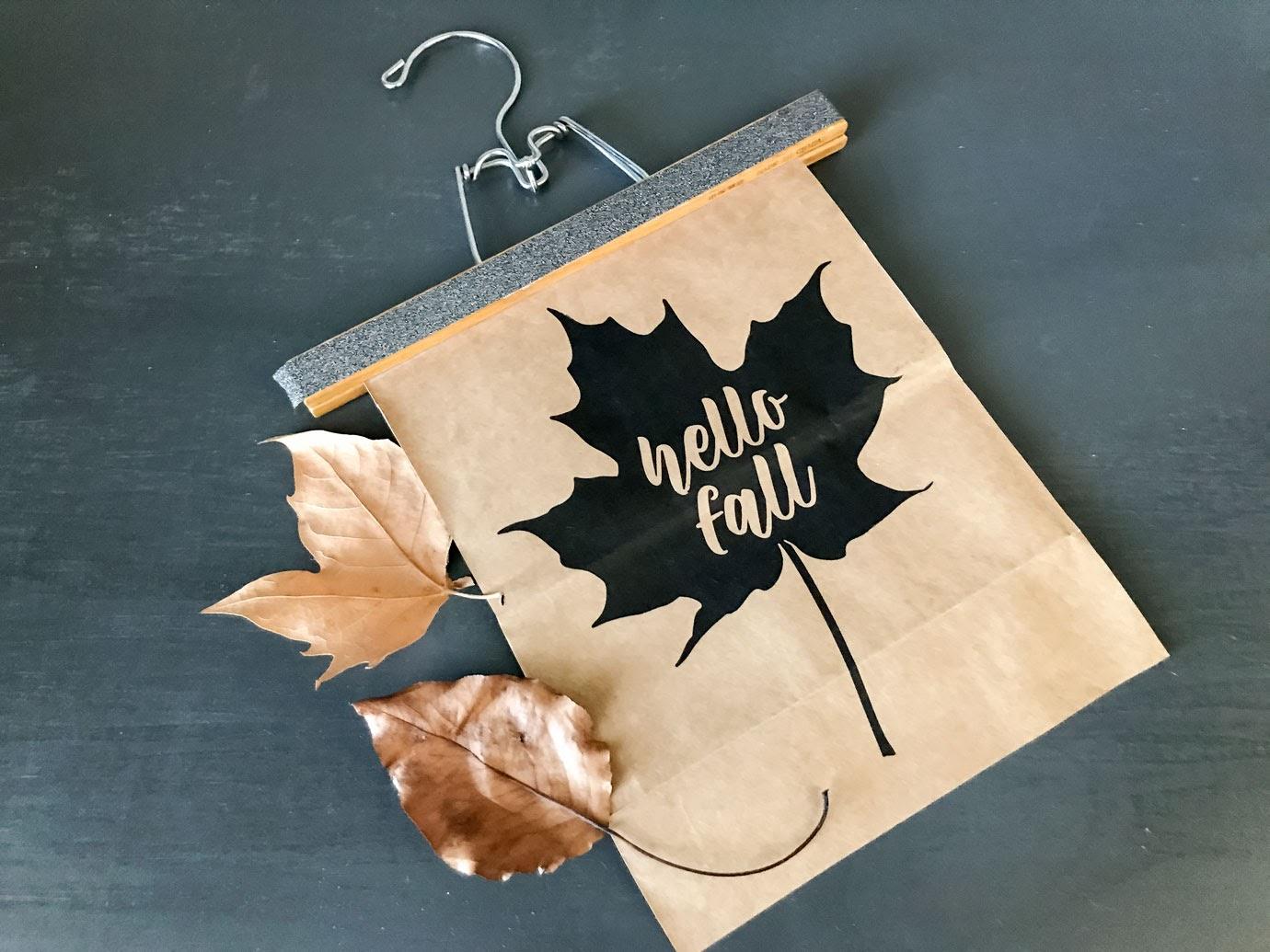 Simple hanging fall leaf art