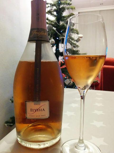 [#Cava] Cava Elyssia Pinot Noir Brut