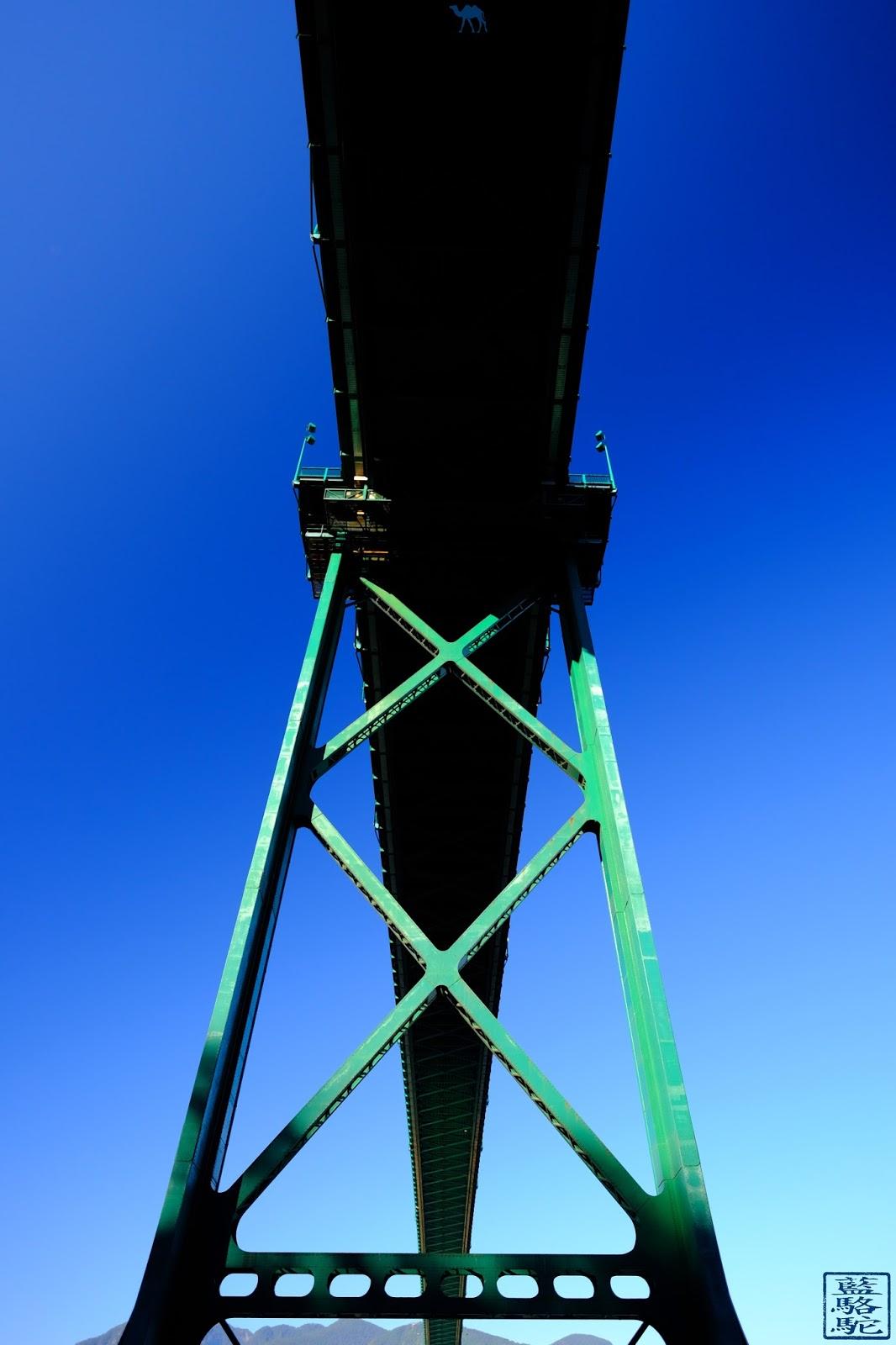 Le Chameau Bleu - Pont  de  Stanley Park - Vancouver