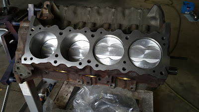 Pontiac_400_engine_block