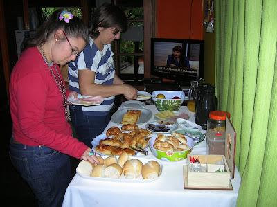Desayuno Pop Hostel Garden, Puerto de Iguazú, Argentina, vuelta al mundo, round the world, La vuelta al mundo de Asun y Ricardo