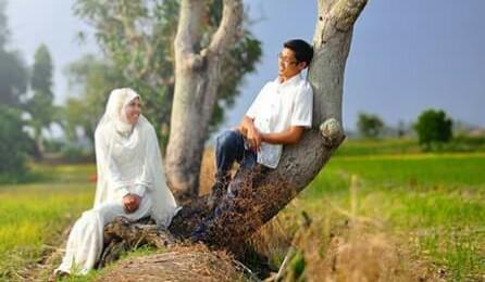 6 Kiat Untuk Menjadi Istri yang Selalu di Rindukan Suami