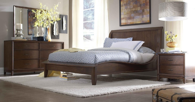 Attractive When Shopping Bedroom Furniture For Girls One Should Keep In Mind The  Following Points: U2022 Choose Colors Like Pink, Violet Or Go For Classic White  Instead Of ...
