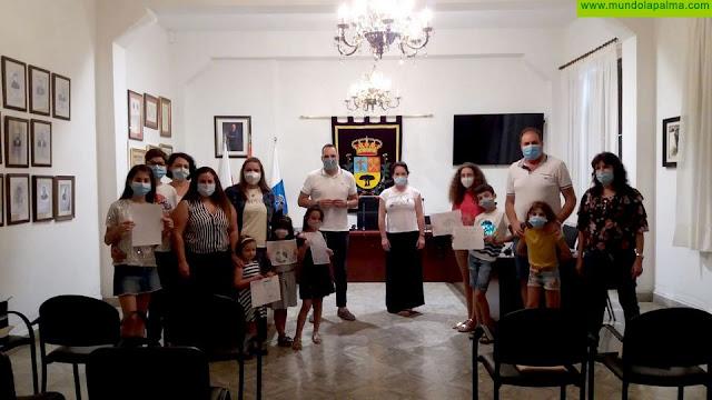 Entrega Galardones a los niños que 'cambiaron problemas por retos' en el concurso puesto en marcha por el Ayuntamiento de Breña Alta