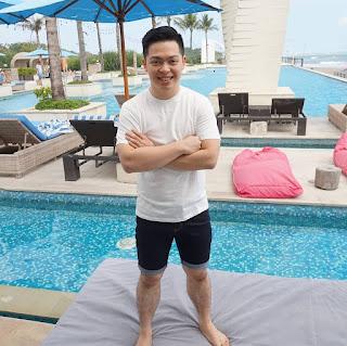 Rico Huang (CEO Alona,DropshipAja, Dropship Mastery, Jago Jualan di Instagram)