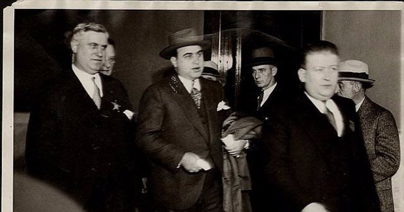al capones rise to power During america's prohibition era, al capone headed a chicago-based crime empire that raked in millions of dollars each year through bootlegging, gambling and.