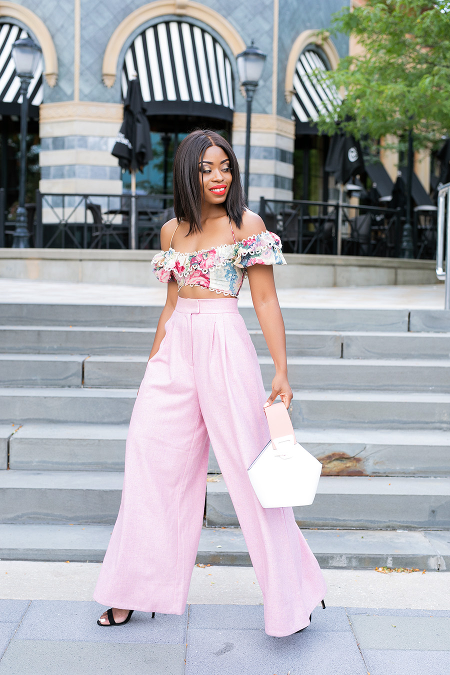Crop top and wide leg pants, www.jadore-fashion.com