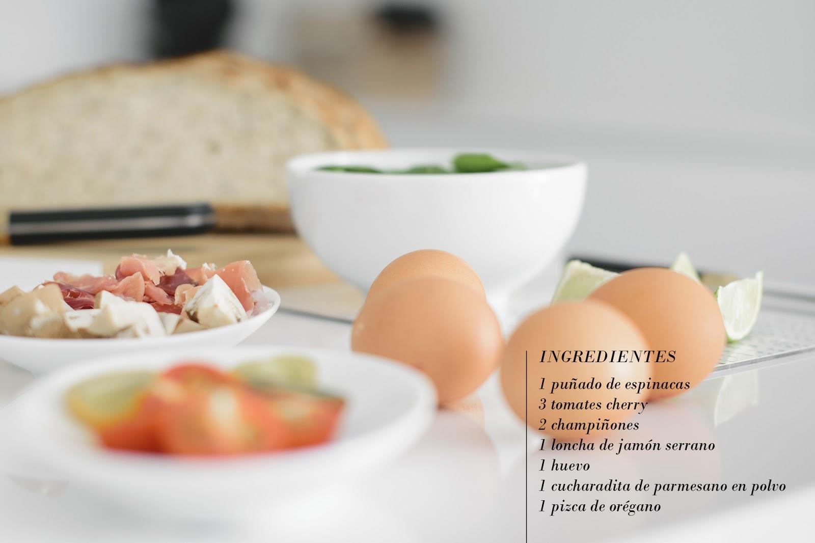 Cocotte de huevos y jamón