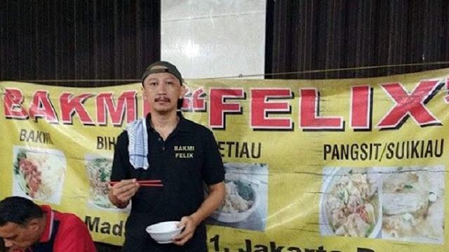 Kebohongan Abu Janda Terkuak Lagi, Ternyata Ini Fakta Dibalik 'Bakmi Felix' yang Dia Diposting