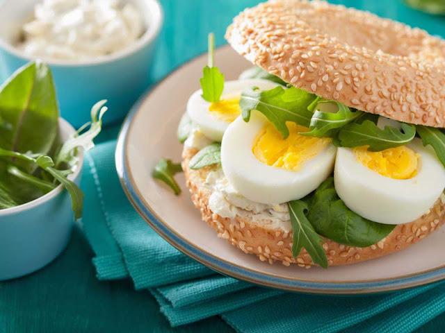 фаршированные яйца с хреновой начинкой