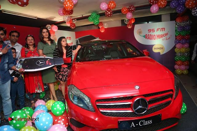 Raashi Khanna at Mirchi 95 Suno Mercedes Jeeto Contest Stills  0041