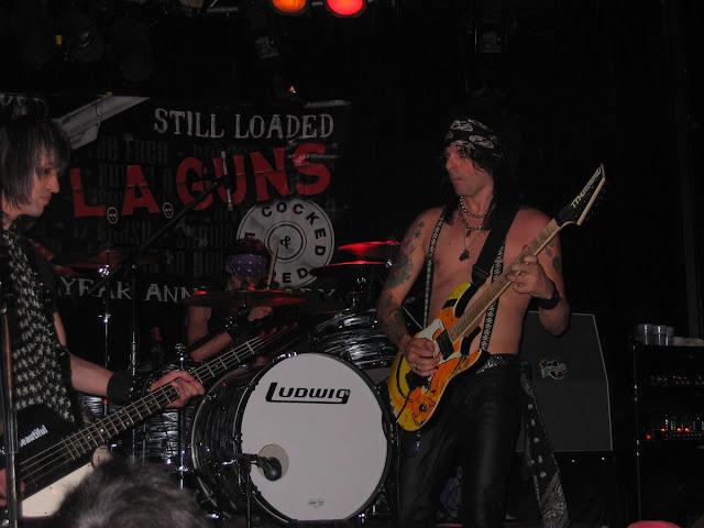 concierto LA guns en Whisky a gogo, concierto en Los Angeles, marcha en Los Angeles, conciertos heavy en LA
