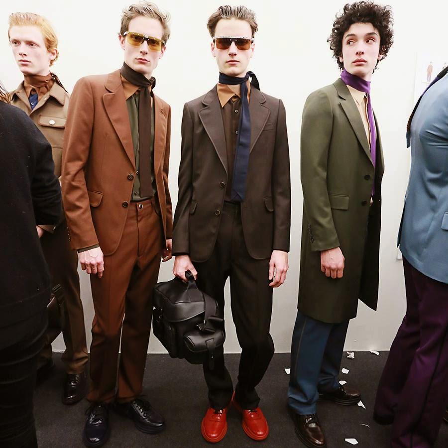 637712bd96 EL mundo de las gafas de sol- Eyewear Fashion Trends Catwalks Luxury ...