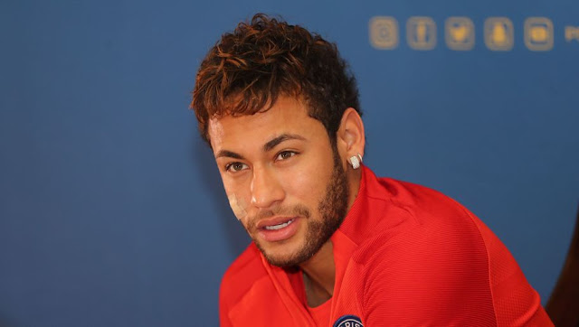 Neymar envoie un message au Real Madrid