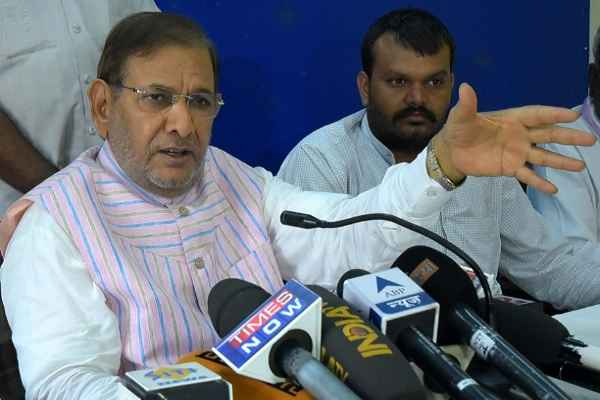 Center must tale initiative to resolve demonetisation row in parliament: Sharad Yadav