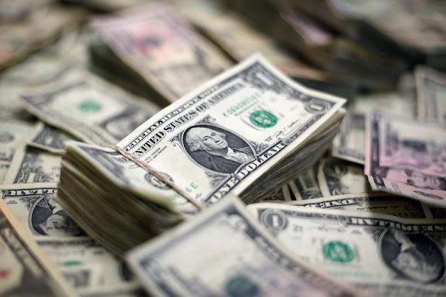 Sube el dólar a la espera de los datos de inflación