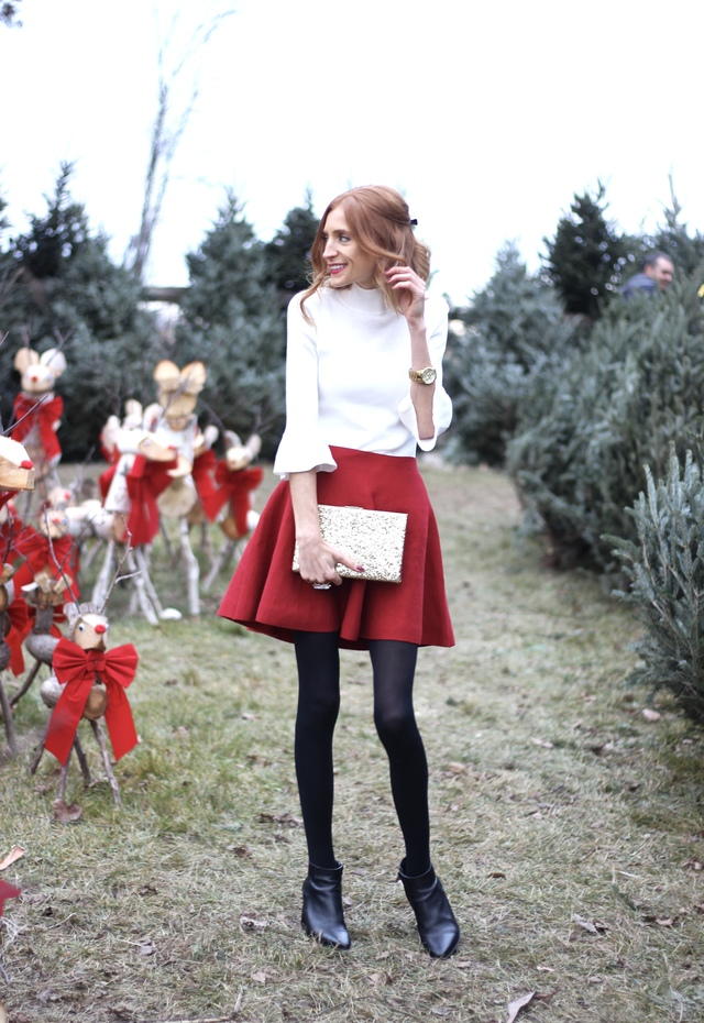 Holiday Red, bell sleeves, Charlotte Tilbury Red Carpet Red