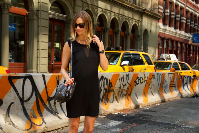 Vancouver Fashion Blogger, Alison Hutchinson, in Soho New York, wearing a Zara black dress and a botkier valentina bag