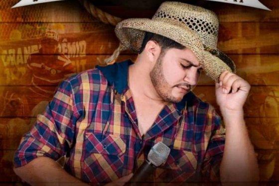 Paulo Henrique-Morre vítima de infarto cantor de vaquejada Paulo Henrique em Francisco Macêdo