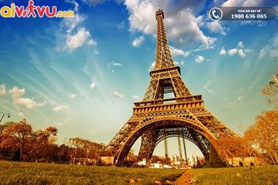 Tháp Eiffel - điểm đến nổi bật tại Pháp