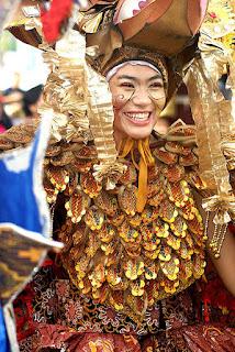 Wisata budaya Salah satu peserta dalam Karnaval Batik Solo wisataarea.com