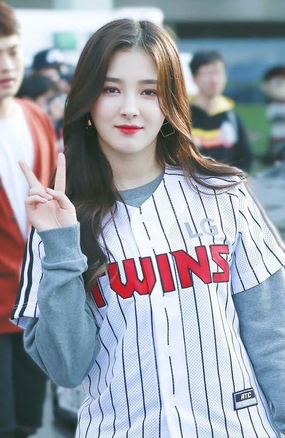 Nancy Jewel McDonie - Momoland 3