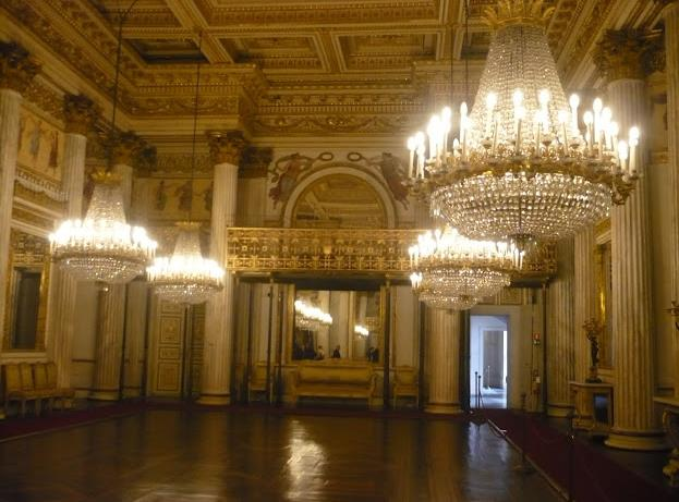 Visita al palazzo reale di torino girovagando con stefania for Planimetrie del palazzo con sala da ballo