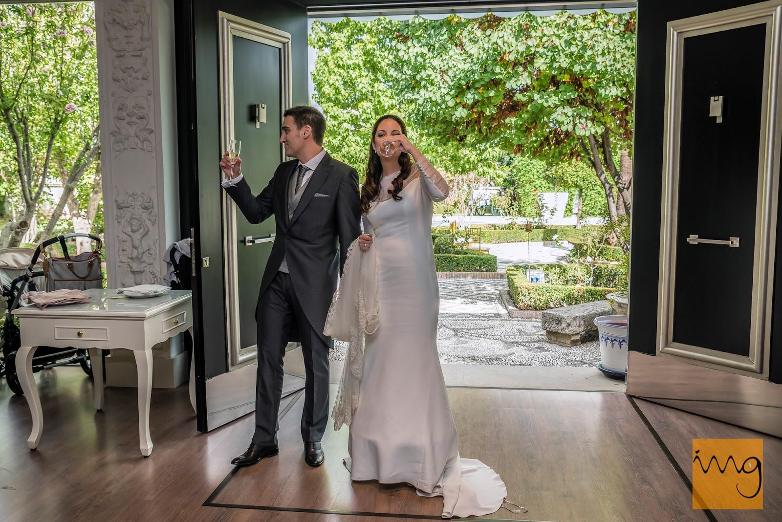 Fotografía de boda en Granada, El brindis