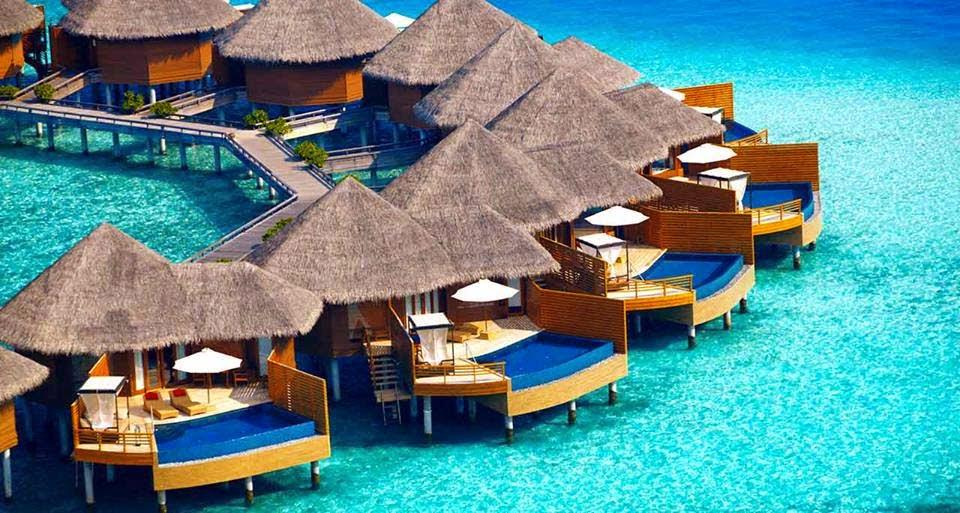 fasilitas pribadi untuk pasangan di pantai