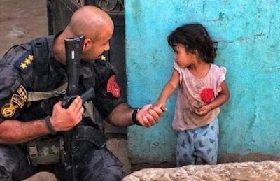 الشرطة والأهالي