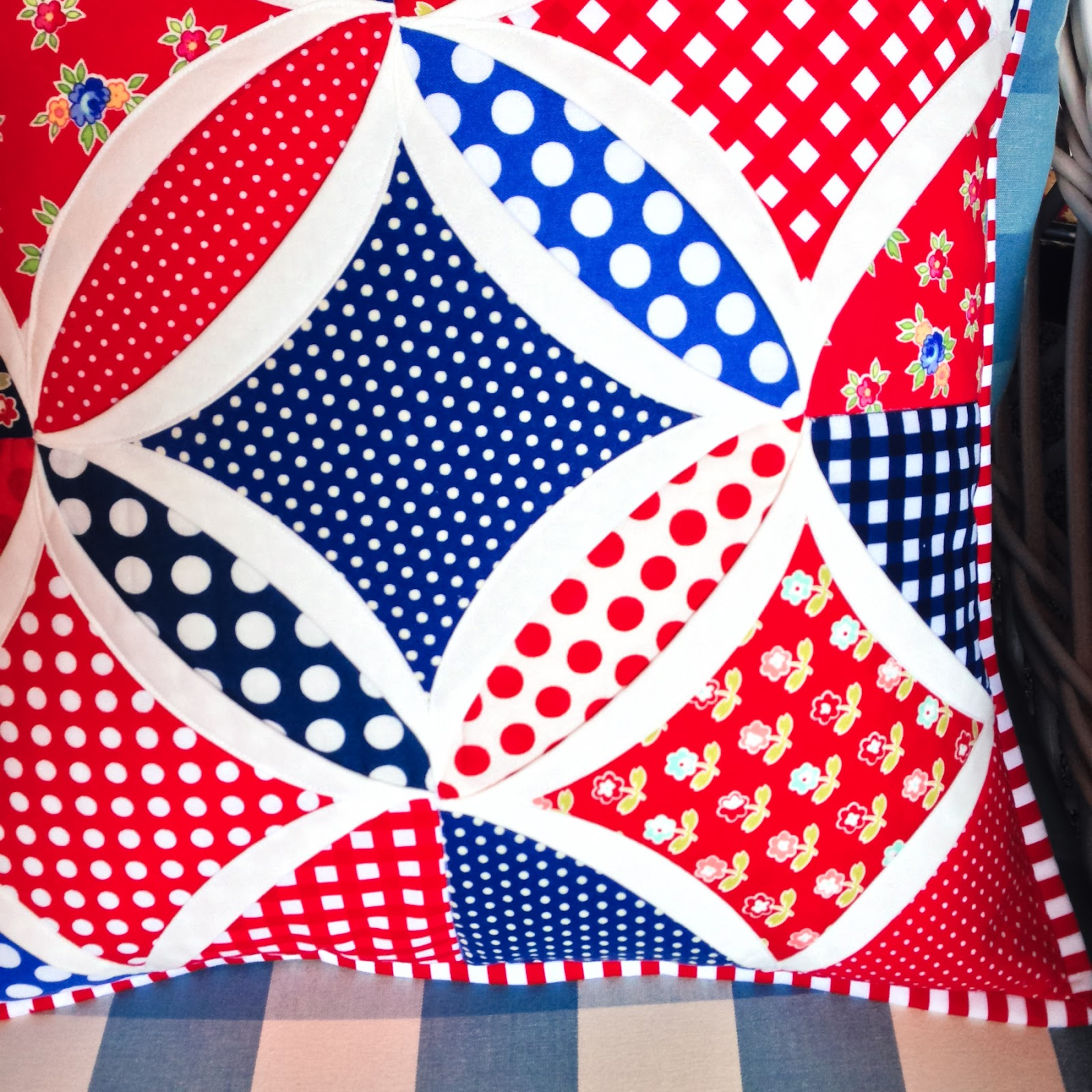It S Flag Day Patriotic Pillow In Cathedral Window Pattern
